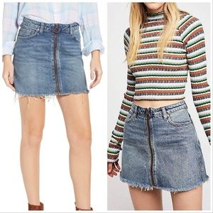 Free People Zip-Up Denim Raw Edge Mini Skirt 26